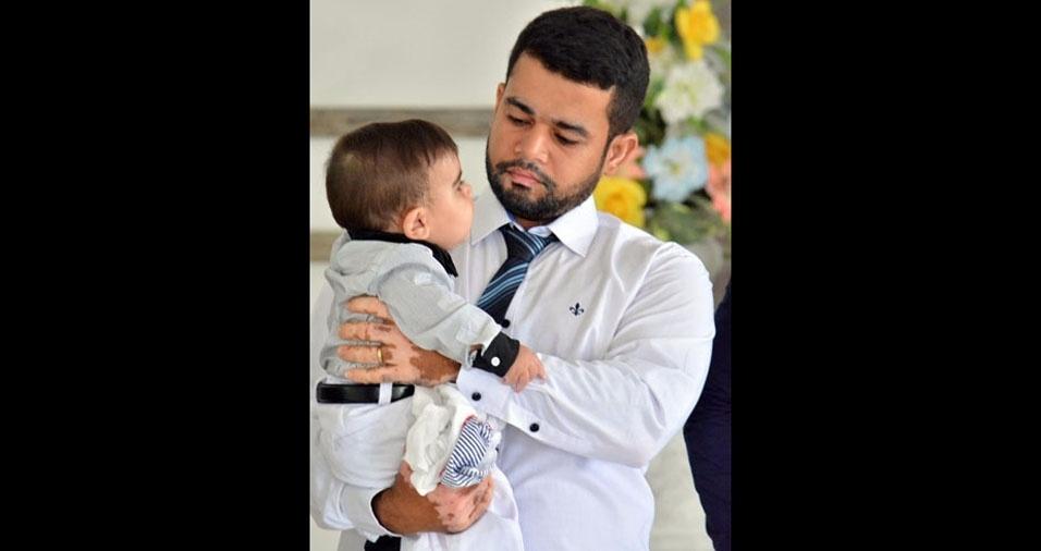 Papai Moabi com o filho Khalil, de Sousa (PB)