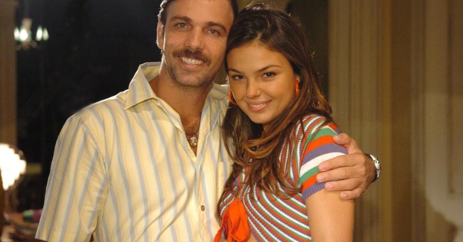 3.set.2008 - Robson (Marcelo Faria) e Rakelli (Isis Valverde), personagens da novela