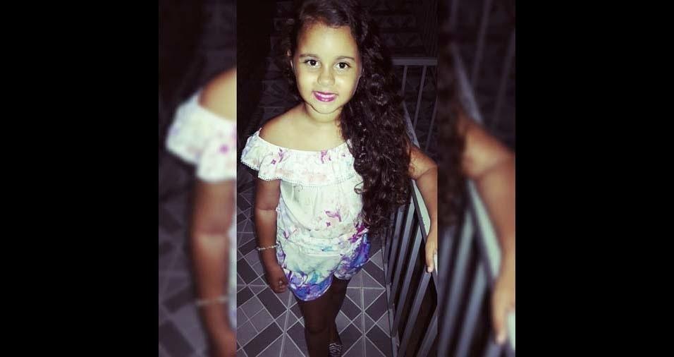 Evangeline, de Maraial (PE), enviou foto da filha Wandriely Franciny