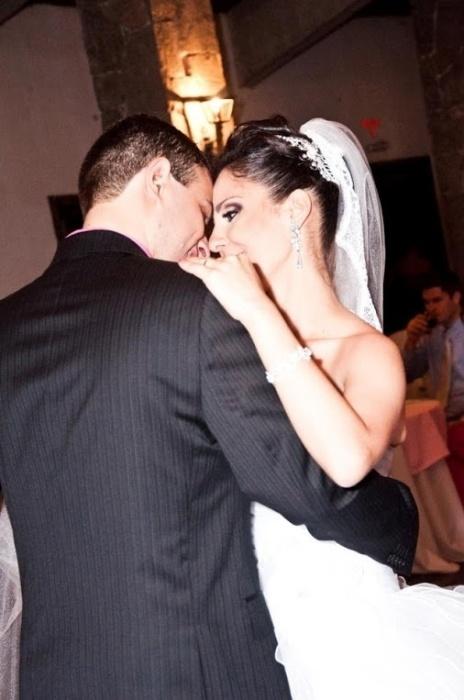 Paulo Henrique B. Carrijo Abreu e Marcella Castro Barros Carrijo se casaram no dia 01 de outubro de 2010, em Manguinhos, Serra (ES)