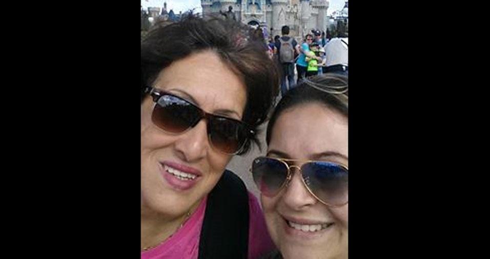 Rafaela Bertone enviou foto com sua mamãe Maria Helena, de Pitangueiras (SP)