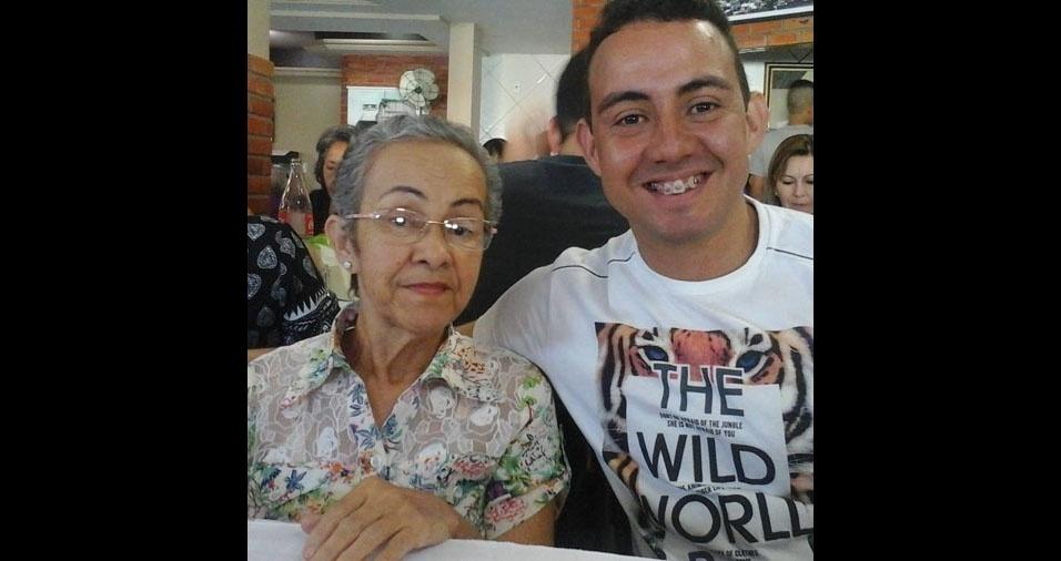 Fernando e sua mãe Terezinha, de Caruaru (PE)