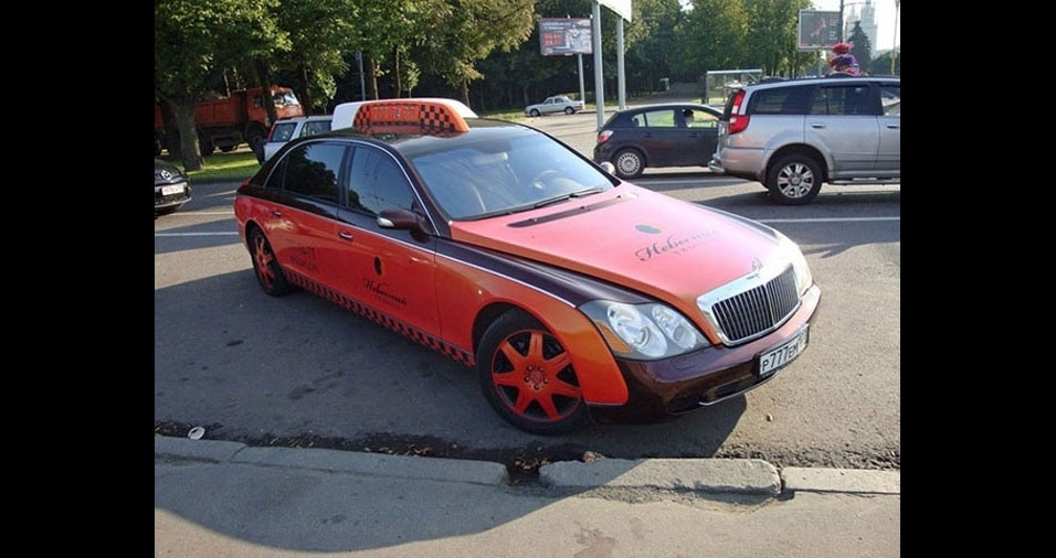 15. Os táxis de Moscou, na Rússia, são vermelhos. Será por causa do comunismo?