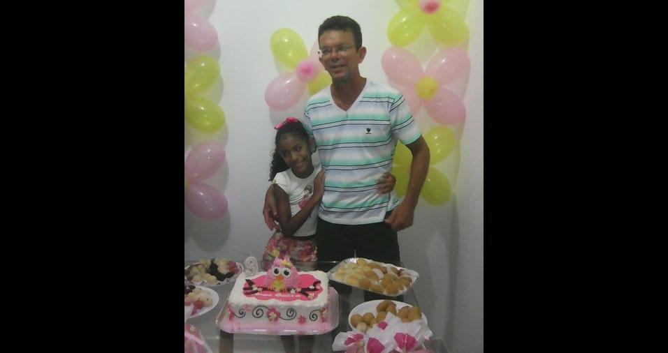 Anna Luisa com o papai Roberto, de Aracajú (SE)