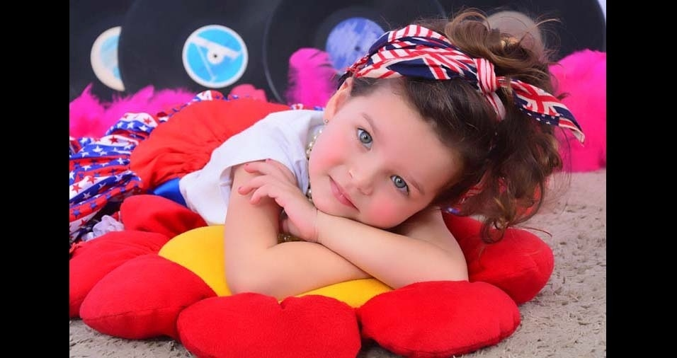 Ana Tereza e Alex enviaram foto da linda Lis, de São Lourenço (MG)