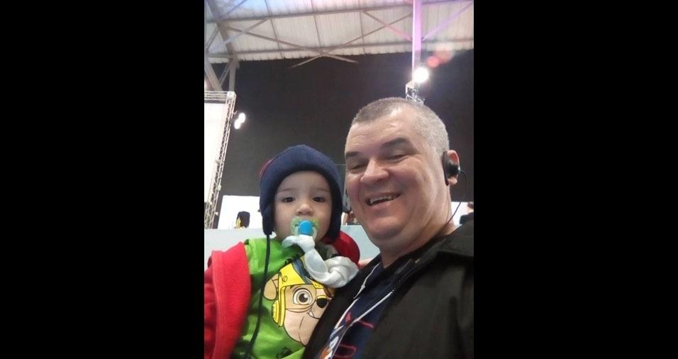 Adriano Andrade, de São José dos Campos (SP), enviou foto com o filho Kaleb Manoel