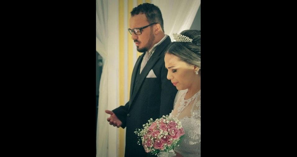 """Bruno e Andreilma Nogueira se casaram em 12/03/2016, em Araguaína (TO). """"Após dois anos e meio de relacionamento a 1.800 km de distância. Ela morando no Tocantins e ele em São Paulo. Valeu a pena a espera!"""""""