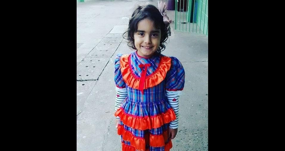 """Júlia Helena, de cinco anos, em foto enviada pelo papai Thiago Augusto Wolf: """"A criança mais linda"""""""