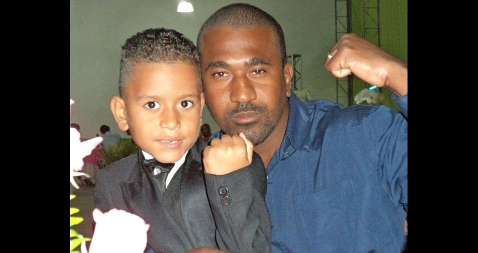 Papai Gilmar com o filho Rodrigo