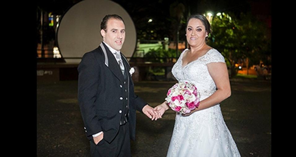 Emilson Cesar e Patricia Kelly casaram-se no dia 26 de julho de 2014, em Franca (SP)