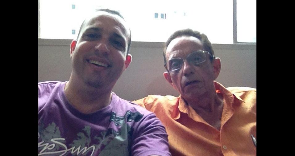 Anderson Dumont de Aguilar com o pai Edson, de Belo Horizonte (MG)