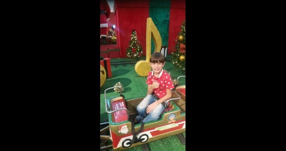 Simony enviou foto do filho Yann Victor Santos Silva, de oito anos, de Volta Redonda (RJ)