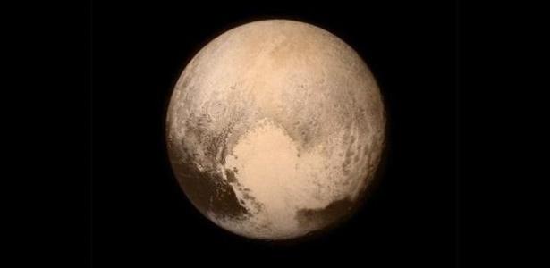 Nós sabemos  você também sente falta de Plutão (foto). É tudo culpa do Mike  Brown. cac73d783c