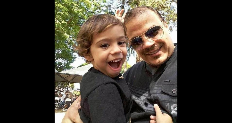 Idário Bernardo e seu filho Raul Bernardo, de Itapuí (SP)