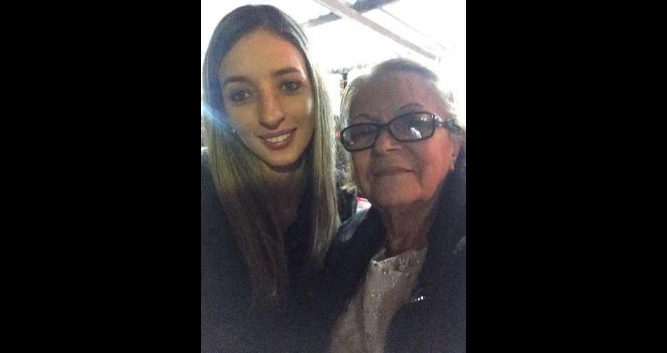 Bruna Possi e vovó Rita, de Guarulhos (SP)