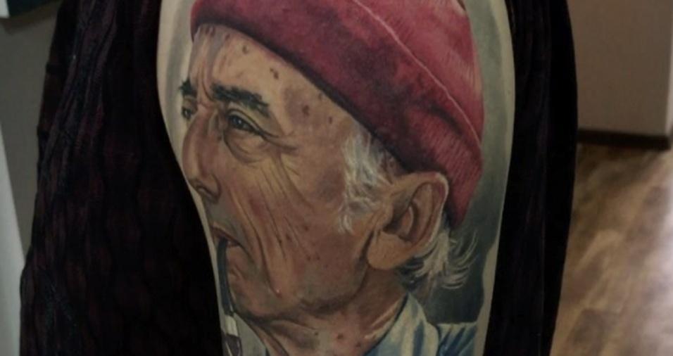 9. Muitos seguidores comentam que estão cadastrados na fila para poder tatuar com Dmitriy e estão ansiosos para carregar na pele uma de suas obras
