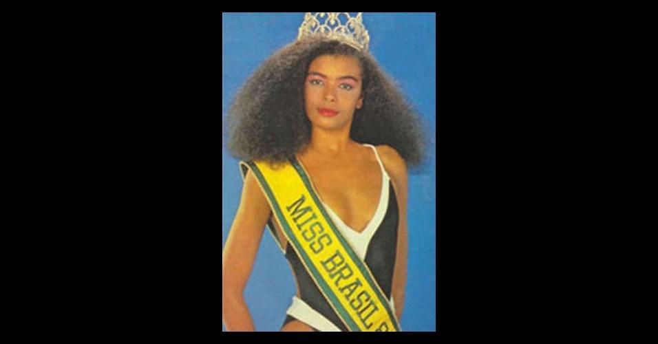 Bônus 2: Deise Nunes de Souza - Única negra eleita Miss Brasil, a representante do Rio Grande do Sul ficou entre as dez mulheres mais bonitas do Miss Universo 1986