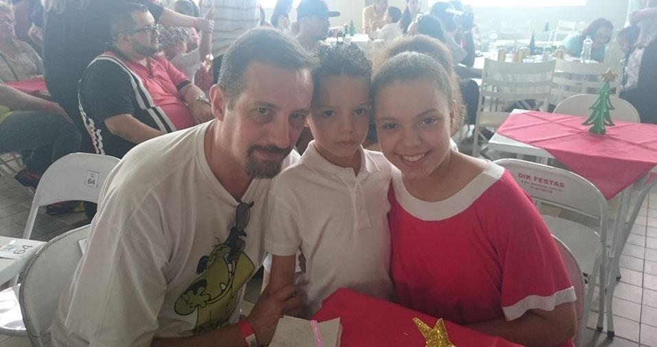 Marcelo com os filhos Victor e Lívia, de São Paulo (SP)