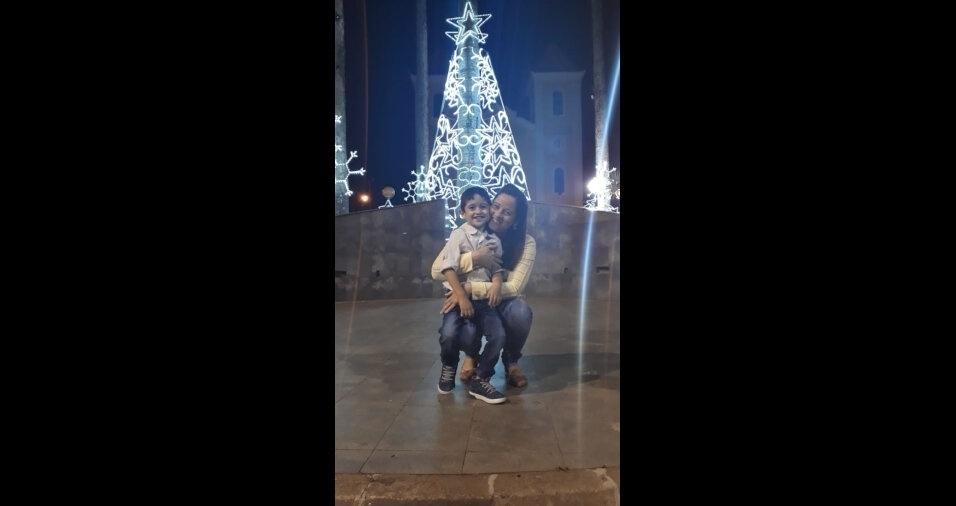 Morganna e Pedro Lucas no Natal de Luz em Aratuba, Ceará.