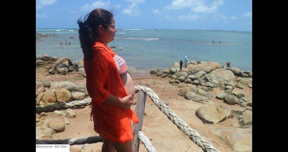 Taciana Oliveira esperando por sua primeira filha, Alice