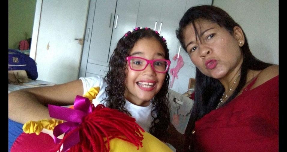 """Raphaela Victoria Santos Leite homenageia sua mamãe Patrícia Aparecida Brasiliano dos Santos: """"Te amo mamãe"""""""