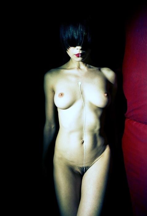 19.abr.2016 - ?Quero uma completa manifestação da pessoa fotografada, e não somente seu corpo?, afirma Ludmila Foblova por meio de seu site pessoal