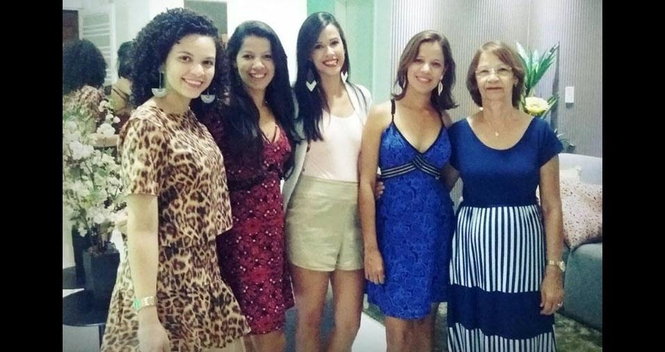 Meire, Luana, Mara e Ueslene homenageiam a mamãe e sogra Anailde