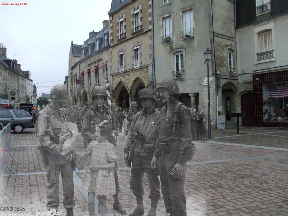 24.nov.2015 - Cerimônia em 1944 ficou marcada pela morte da menina que segura as flores na imagem, momentos depois de a imagem ser feita