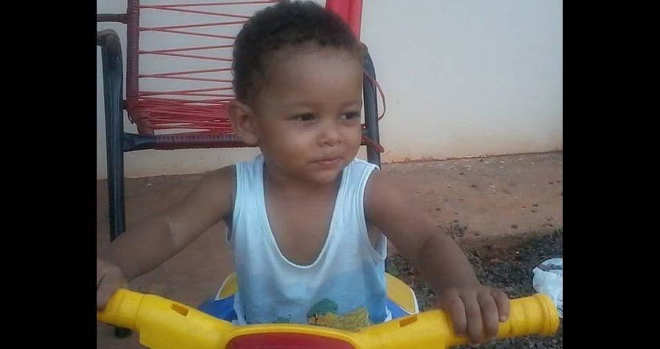 Laila e José Roberto, de Valentim Gentil (SP), enviaram foto do Henrique de quatro anos