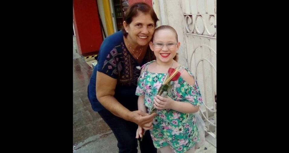 Ana Júlia e sua avó Ana, de Taubaté (SP), em foto enviada pela mamãe Ana Paula