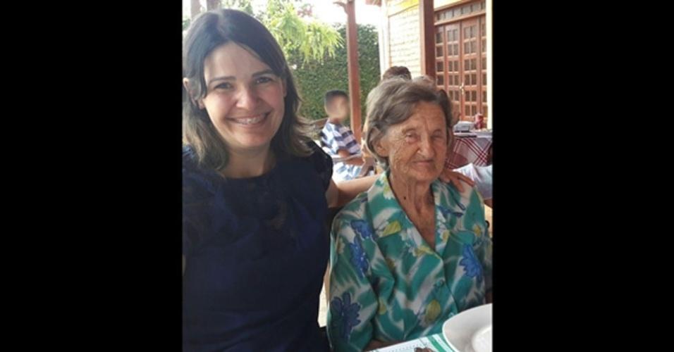 Lessandra Grontowski com a avó Maria Grontowski, conhecida por vó Marica, que tem 78 anos. Elas moram em Boa Vista (RR)