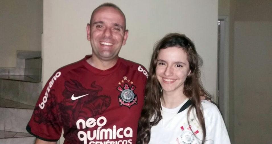 O pai Fábio com a filha Pietra