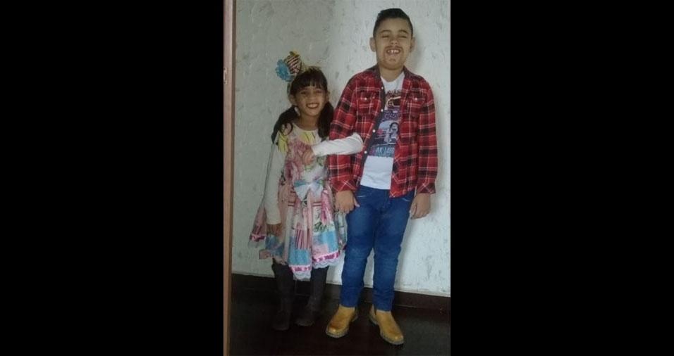 Lana (5) e Aquiles (8) são os caipirinhas da mamãe Vânia Alves Russiano e do papai Rafael Augusto Tosta, de Sumaré (SP)