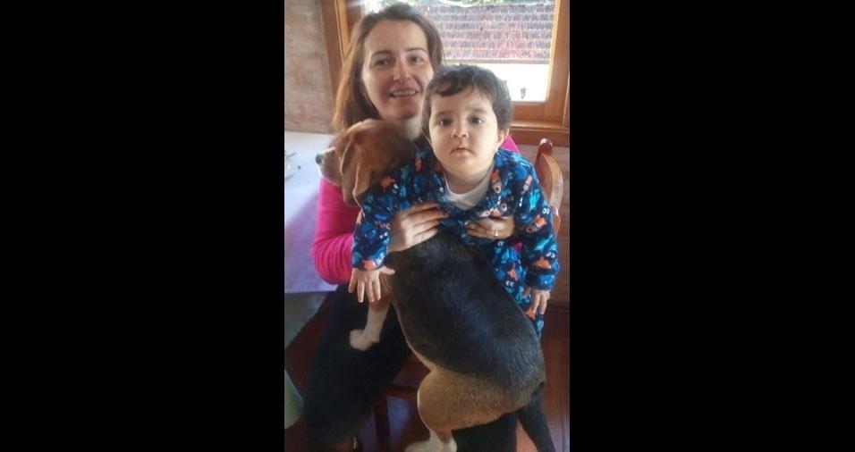 """Andréa Sierra Granziol, mãe do Vitor, de Araras (SP), declara: """"Ser mãe foi meu maior presente de Deus, numa fase tão dificil de doença do meu pai. Meu filho foi a cura de tudo."""""""