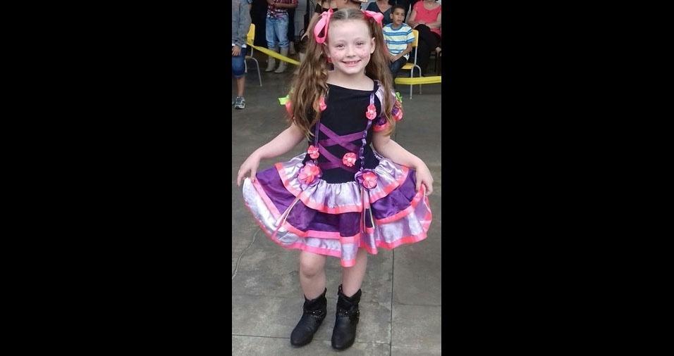 Renata de Melo Bonfim Turini enviou foto da filha Isabelle, seis anos, de  Cachoeiro de Itapemirim (ES)