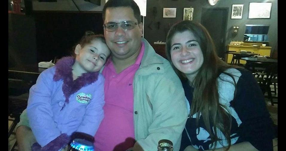 Papai Lucas e os filhos Rafaela e Helena, de Jaú (SP)