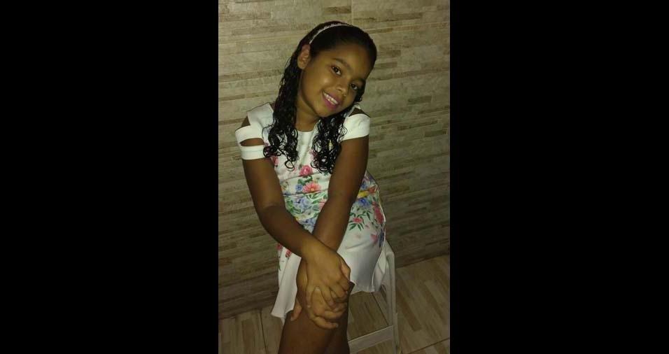 Luiz Henrique e Erileide, de Jaboatão dos Guararapes (PE), enviaram foto da filha Ana Sofia, de oito anos