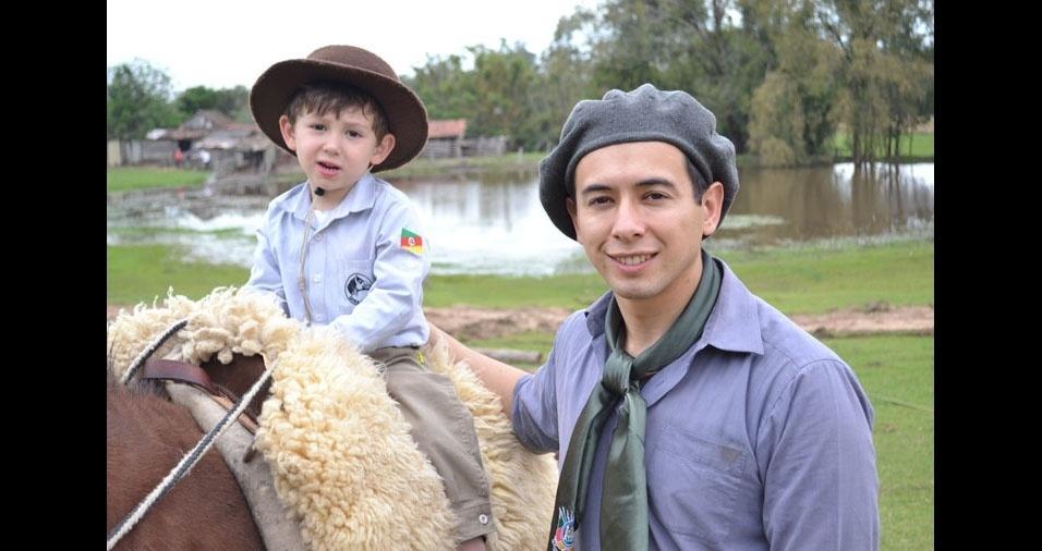 Papai Roger com o filho Juliano, de Cachoeirinha (RS)