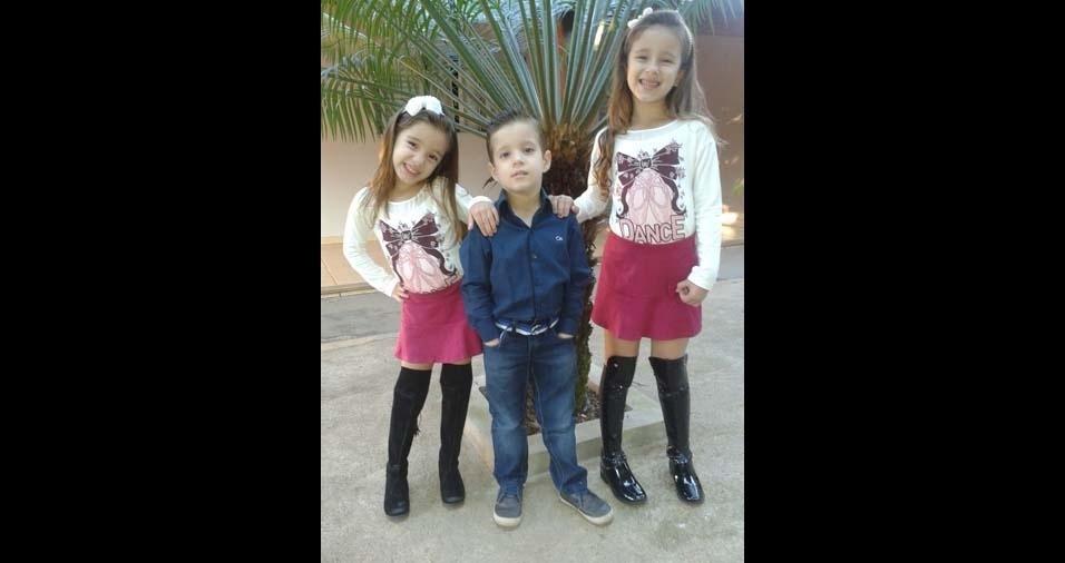 Carolina, de Irapuã (SP), enviou foto dos filhos Olívia, de cinco anos, e os gêmeos Laura e Vitor, de três anos