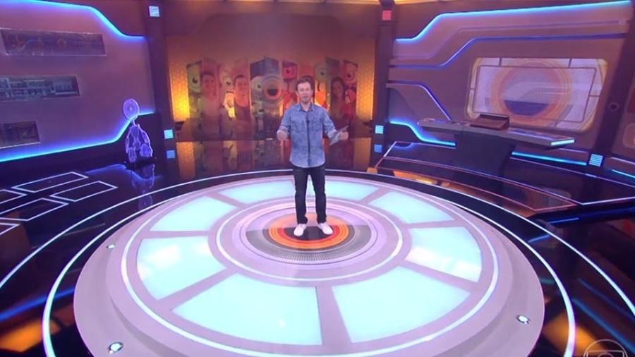 """Tiago Leifert estreou no """"BBB"""" nesta segunda-feira (23) - Reprodução/TV Globo"""