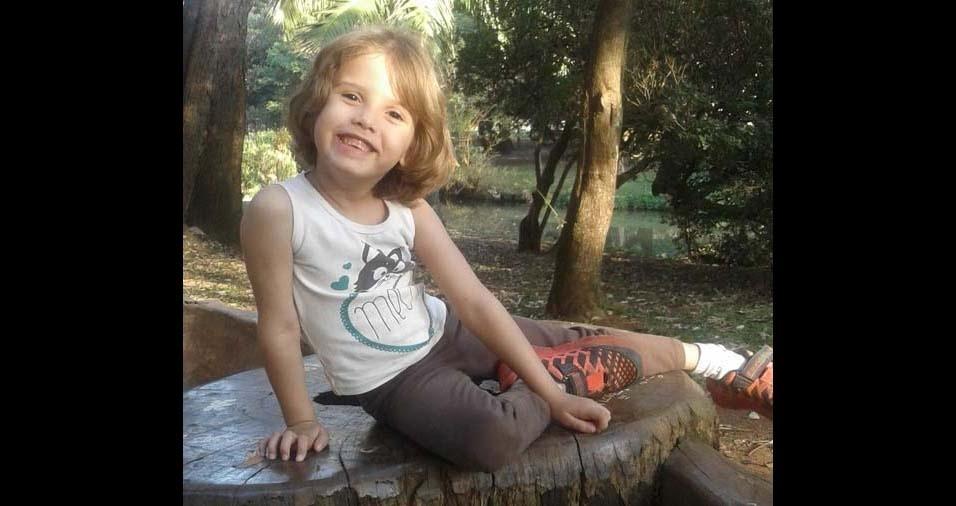 Daniele e Fernando, de São Paulo (SP), enviaram foto da filha Mikaella