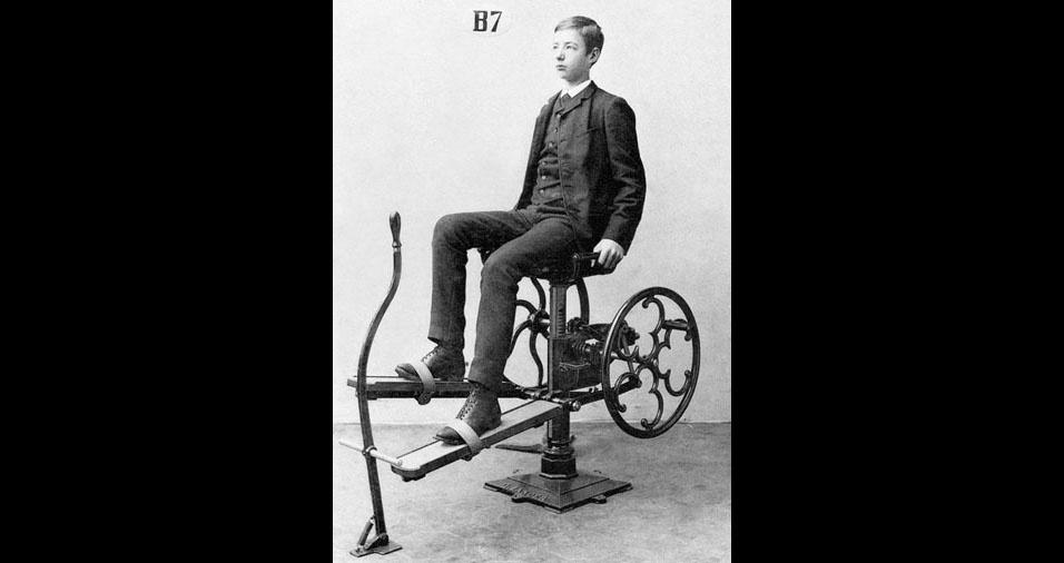 """2. Em 1890, o médico sueco Dr. Gustav Zander, criou a mecanoterapia, definida como """"o emprego de meios mecânicos para a cura de doenças"""""""