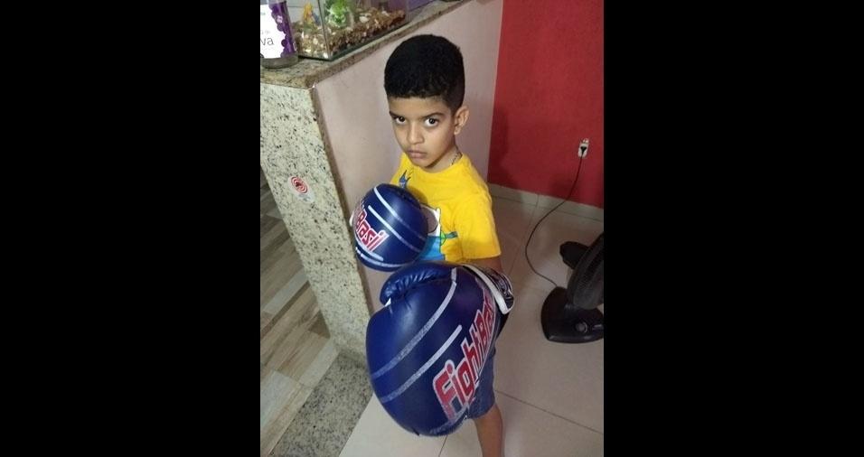 Isaque é o filho do Welington Roberto de Jesus Fraga, de Nova Iguaçu (RJ)