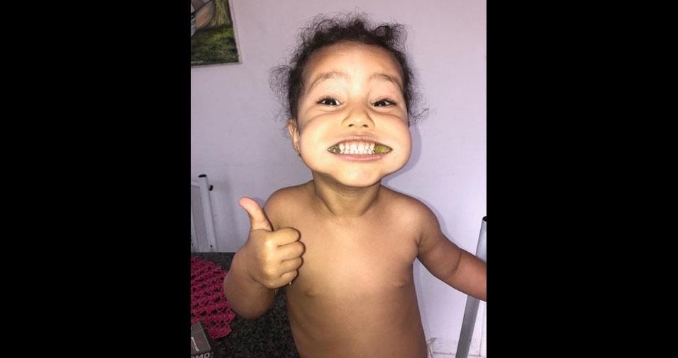 A mamãe Jessica enviou foto da filha Livia, de São Caetano da Raposa (PE)