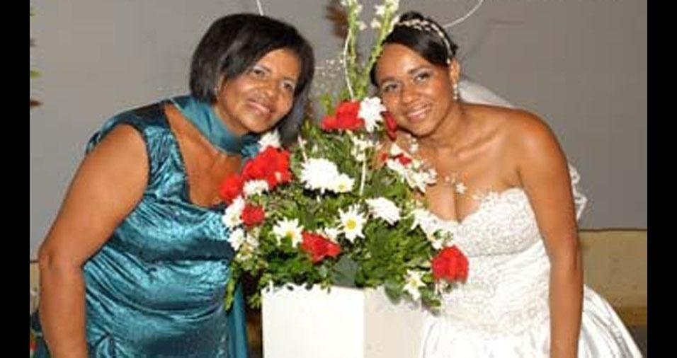 Irany França com a mamãe Maria do Rosário Santos França, de Teodoro Sampaio (BA)