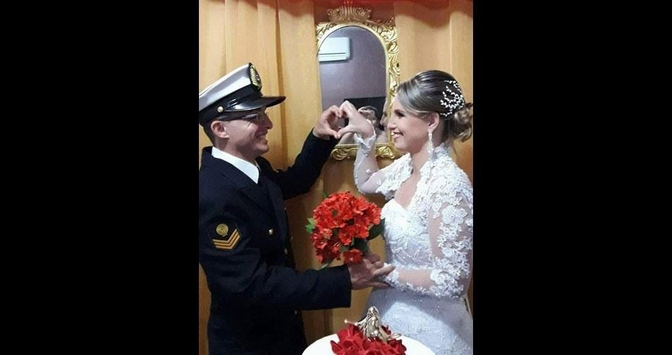 Luciano Fortaleza Arrais e Cíntia Patrícia Soares Arrais se casaram em 16 de maio de 2017. O casal mora em Manaus (AM)