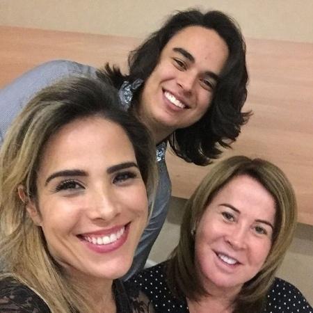 Zilu Camargo com os filhos, Wanessa e Igor - Reprodução/Instagram