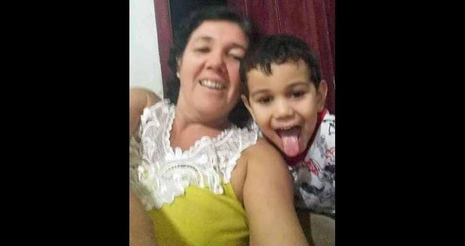 Vovó Linara com o neto João Emanuel, de Gurupi (TO)