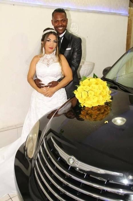 Marinalva da Silva Amorim e Jeferson Amorim dos Santos se casaram no dia 16 de dezembro de 2017, no Espaço Prestigio Festas (SP)