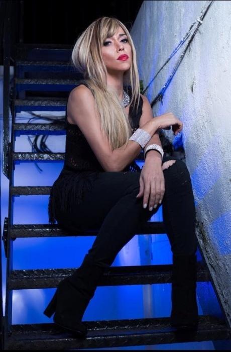 5.abr.2016 - Primeira ring girl transexual do mundo, Marcela Porto, mais conhecida como Mulher Abacaxi, afirmou que tem uma queda pelo ator Thammy Miranda. A bela disse que tem sonhos eróticos com o filho de Gretchen e que ele virou um homem lindo